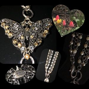 Truly Beautiful VTG Necklace/Butterfly Pendant